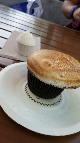 S'mores cupcake and frosting shot